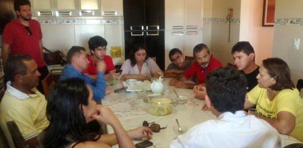 Senadora Fátima se reúne com lideranças do PT